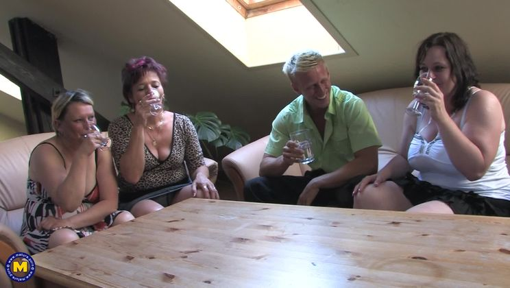 This dude loves fucking three mature sluts