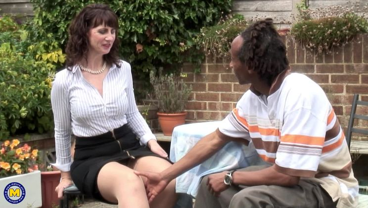 British housewife goes interracial