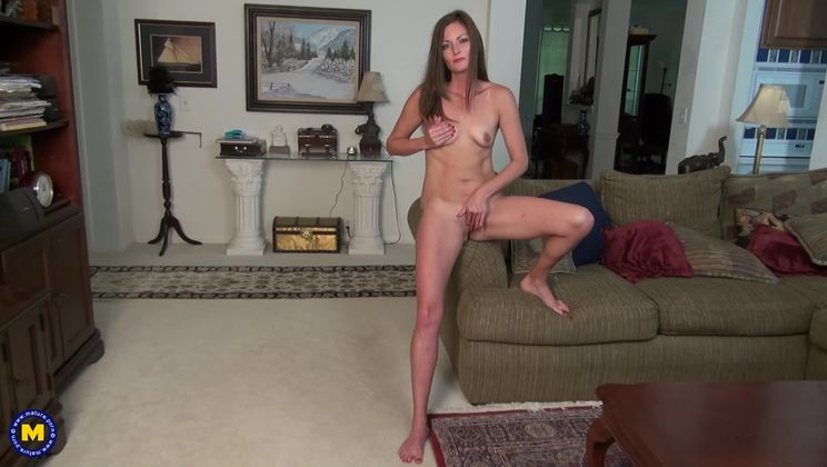 Naughty mom Michelle loves playing with herself when she's alone