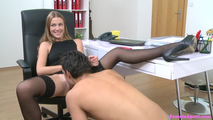 American Stud Cums on Agents Face