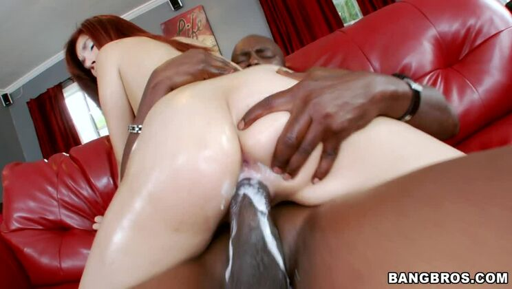 Tight Pussy Creams All Over Lexington Steele's Monster Cock!