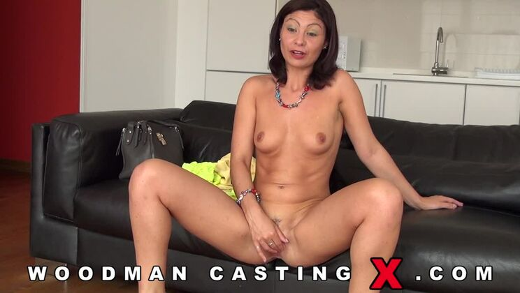 Julia Gomez casting