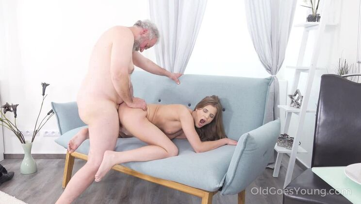 Fresh babe gives old man a special present