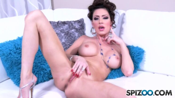 Jessica Jaymes Plays White