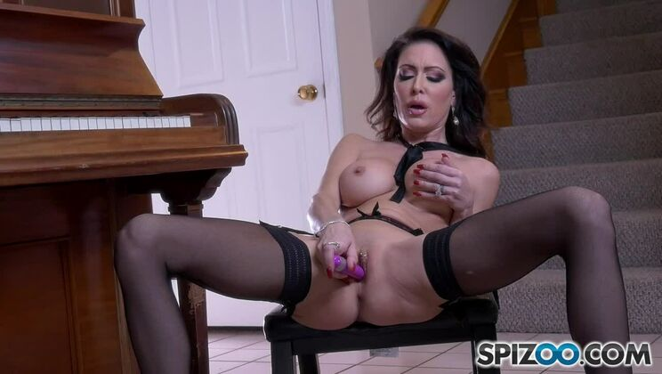 Jessica Jaymes Piano Lesson