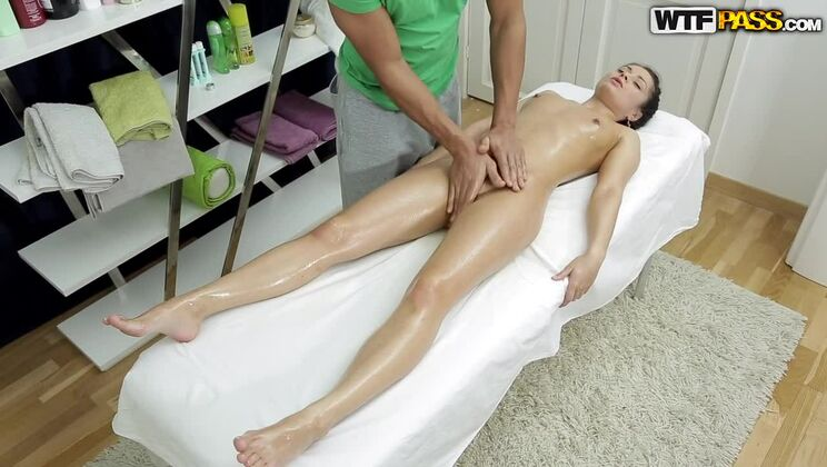 Sassy brunette in super hot HD porn vid
