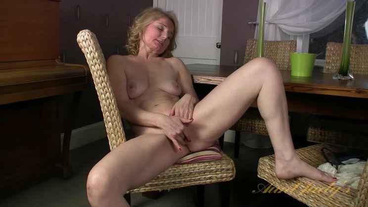 Isabella strips and masturbates