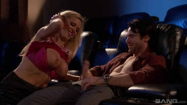 Nikki Benz bangs one out with her boyfriend in a movie theatre!