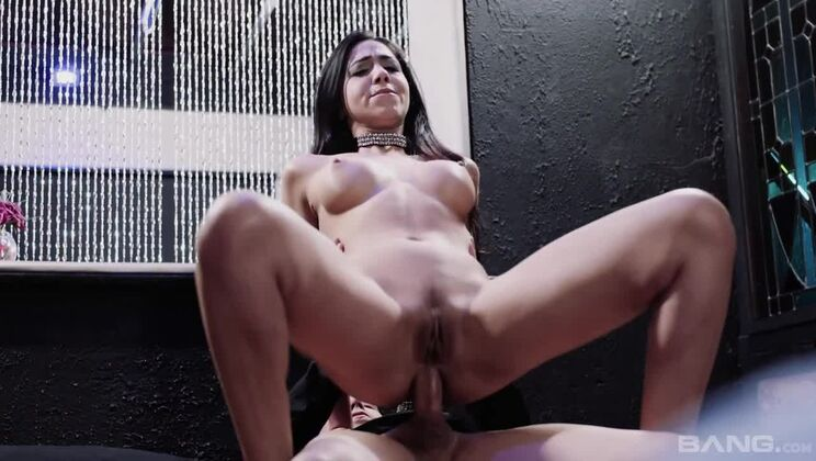 Julia De Lucia is left with cum dripping out of her ass after anal