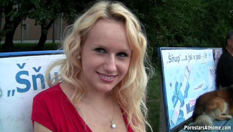 Bus Stop Babe Gives Killer Blowjobs