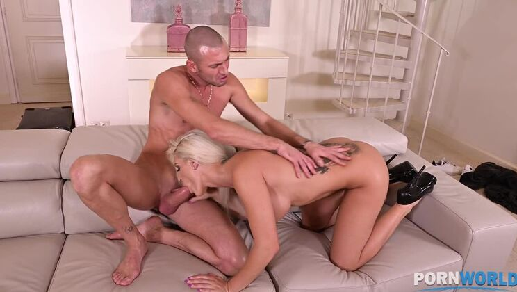 Busty blonde Milf Blanche Bradburry fucked hardcore in her pussy and ass GP1293