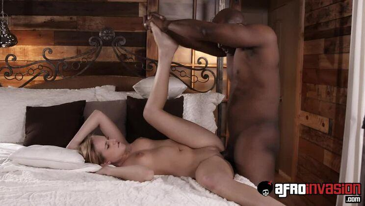 Blonde Hottie Kate England Interracially Fucked