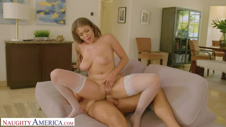 Kassandra Kelly (Cassidy) revisits her old college fuck buddy