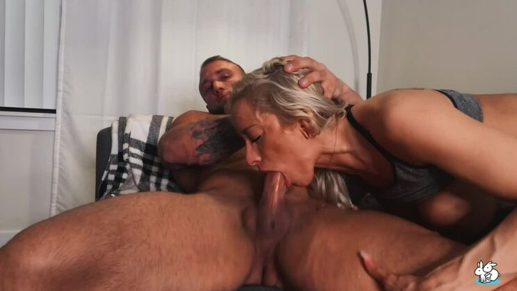 Tattooed Blonde Gets Creampie