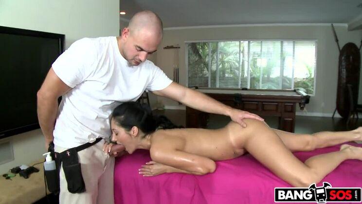 Massage The Vagina Please!