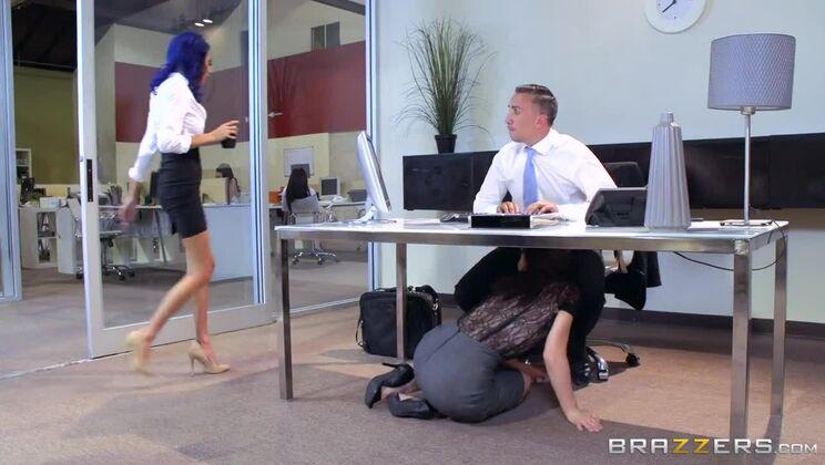 Office 4-Play: Intern Edition
