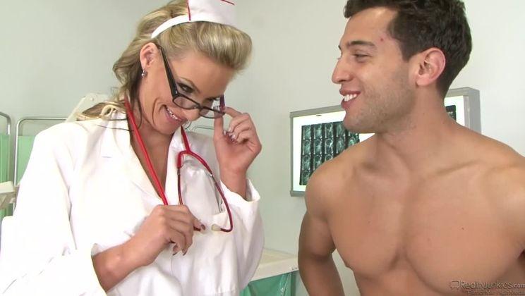 Big Breast Nurses #03 Scene 4